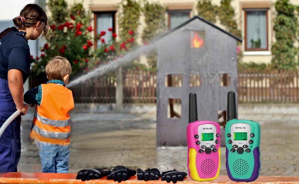 Excuse me, are there unique toy walkie talkies you want?